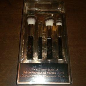 5 pc Ultimate Travel Brush Set
